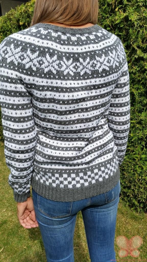Fana genser (M) mørk gråhvit | hjemmestrikk