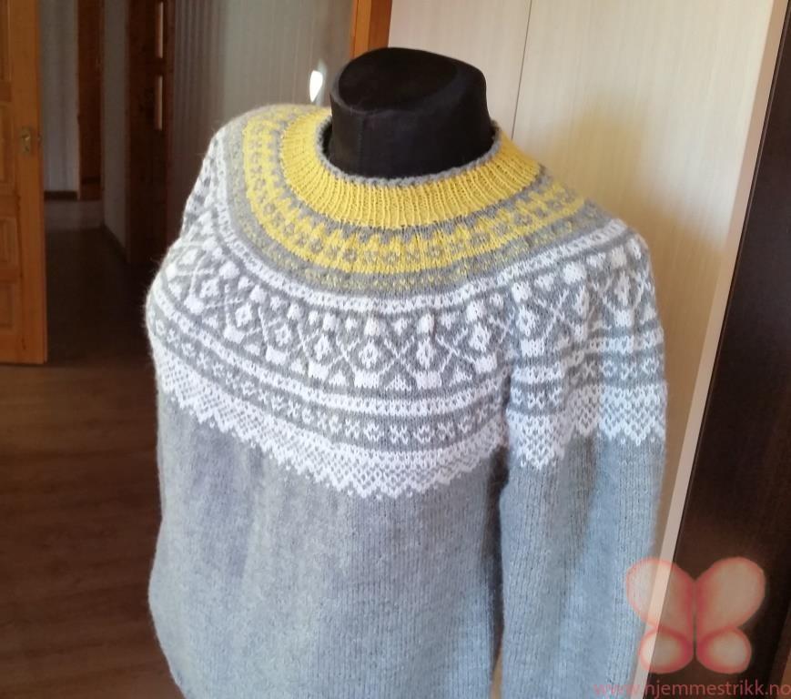 242105fe Håndstrikket genser (L/XL) Grå/gul. Alpakka | hjemmestrikk