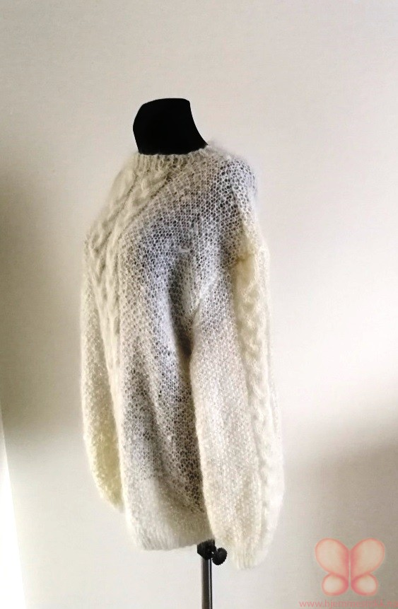 Tone genser (M) Natur hvit | hjemmestrikk